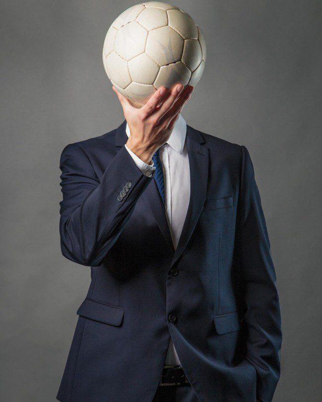 Fotostudio-Köln-Model-Fußball